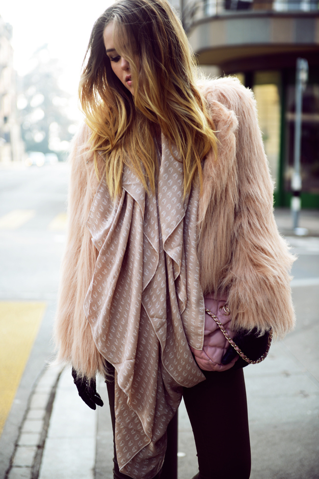 LIGHT PINK & KHAKI | Kayture