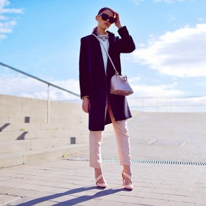 "Today on www.kayture.com, new article ""Sleek and Nude"" shot in Barcelona. #kaytureonthego #kaytureoutfits"