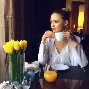 A blissful coffee moment at the Beverly Wilshire #kaytureonthego