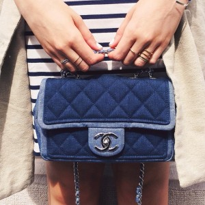 Details details! In love with this baby chanel bag in two tone denim