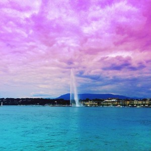Walking by my beautiful Geneva! #sundayfunday #kaytureonthego