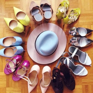 Shoe rainbow and this gorgeous hat by @maisonmichel from @monnierfreres. Packing goes on