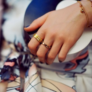How adorable are these @chopard ice cube rings from the latest post on www.kayture.com? Make sure to check it out