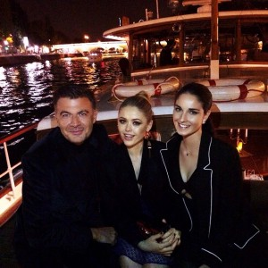 Fairy tale of night yesterday to celebrate the end of fashion month with @louisvuitton on a little boat excursion through the Seine. Had so much fun. With @roberto_eggs and @fionazanetti