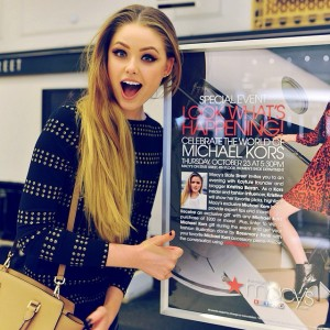 Just arrived at @macys! Someone's ready to host the @michaelkors event in Chicago. Come and meet me today at 5.30pm, 111 North State Street, 4th Floor, Women's Shoe Department! Can't wait to see you guys ❤️ #kaytureonthego #MKxMacy