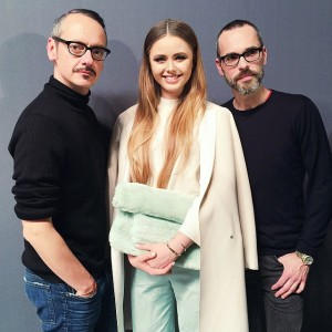 Such an honour to meet @viktor_and_rolf after their exquisite haute couture show! Too much creative madness going on #fangirlingmoment #viktorandrolf