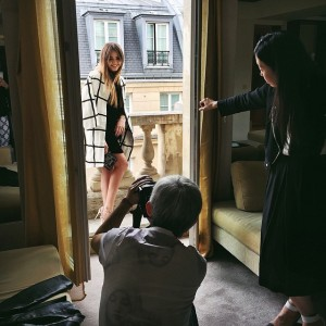 Shoot for @ElleJapan goes on with the second look of the day at the @parkhyattparis #ElleJapan #parkhyattparis