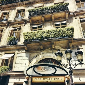 Back at our beloved home away from home for the next two weeks, the @parkhyattparis!