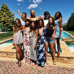 When girls unite! Thanks to @revolveclothing for this awesome time in the Hamptons with these gorgeous ladies